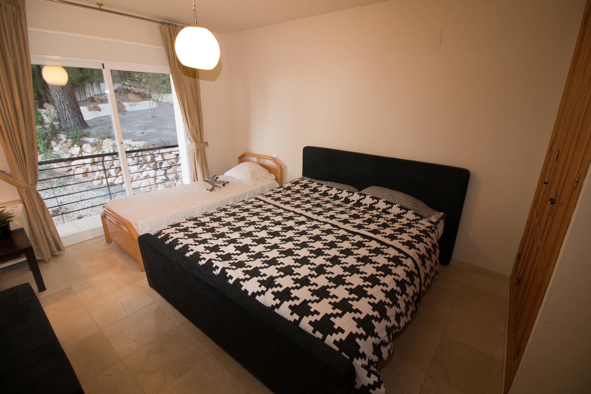 09. Master Bedroom